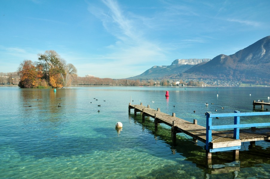 Envie d 39 un week end en famille annecy for Hotel piscine annecy