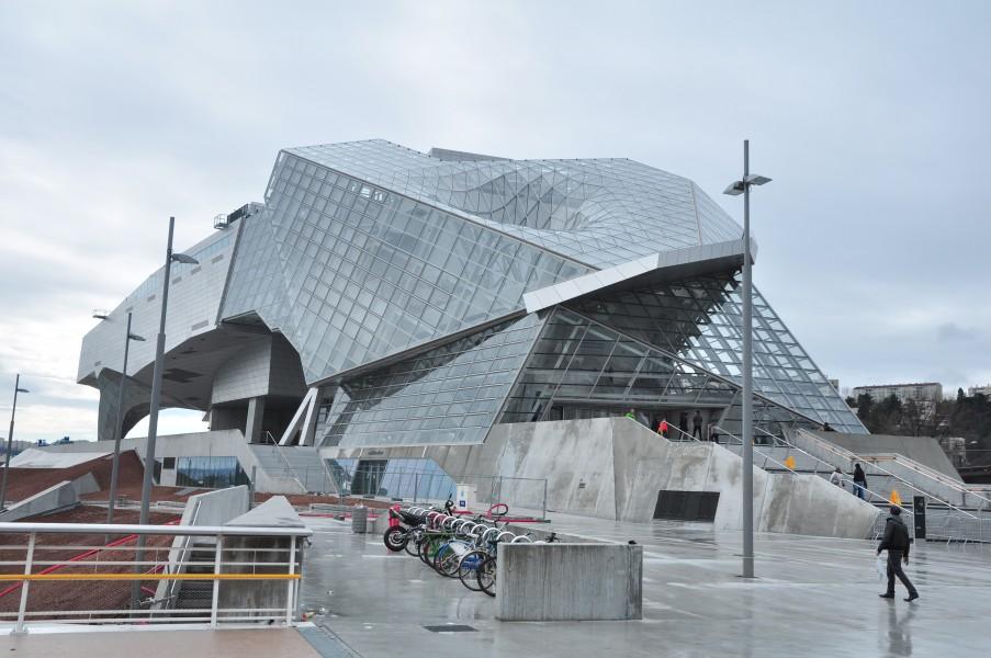 Le mus e des confluences lyon en famille for Architecte musee confluence